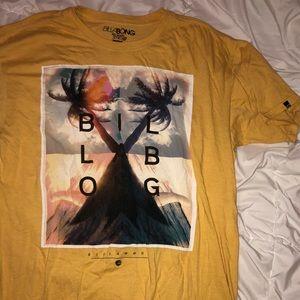 Beachy billabong t shirt
